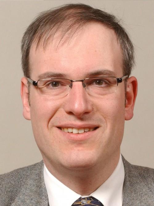 Dr. Georg Bach