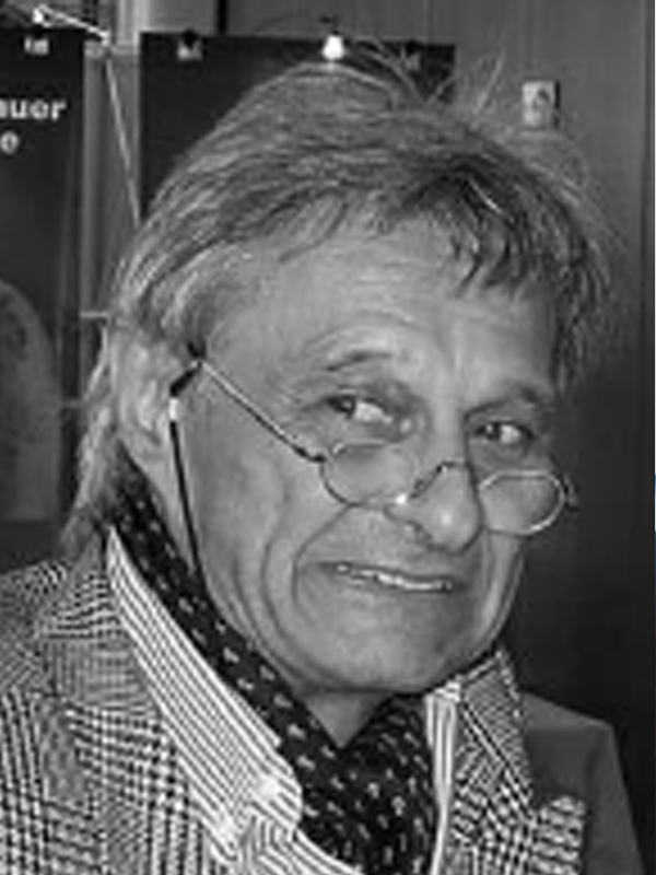 Dr. Rainer Valentin